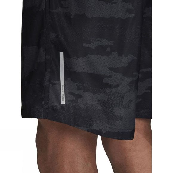 Mens Run Graphic Shorts 7in