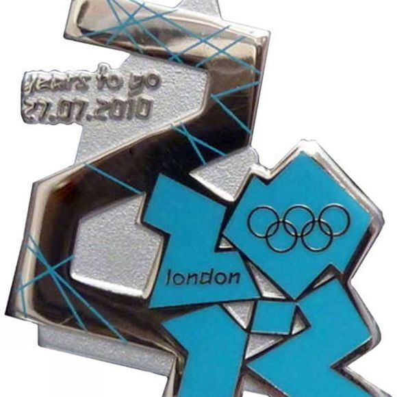 Official 2012 2 Years To Go Countdown Pin No Colour